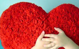 Happy heart hugs day- June 28
